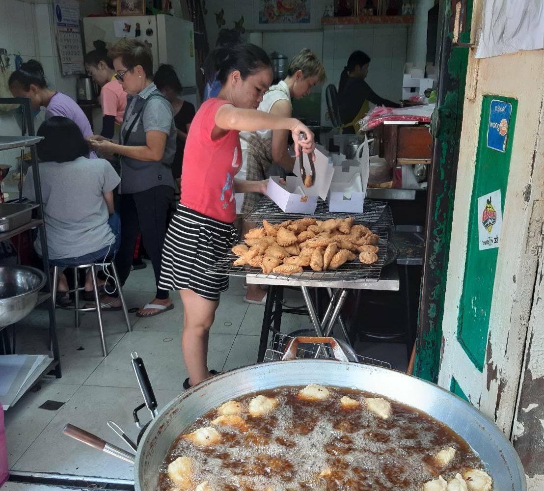 100 yrs Old Market Talad Noi