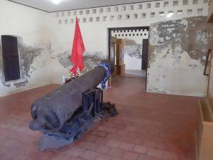 Tuk-Daeng> French Occupied